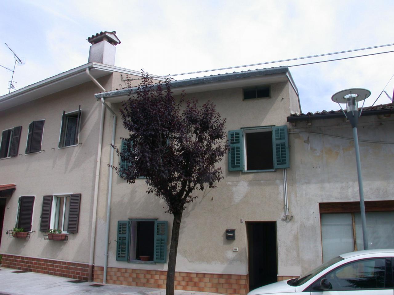 Villa in Vendita a Romans d'Isonzo