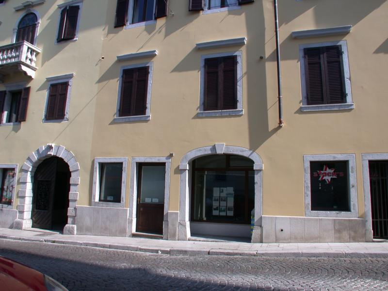 Negozio / Locale in vendita a Gorizia, 9999 locali, zona Località: Centrostorico, prezzo € 60.000 | CambioCasa.it