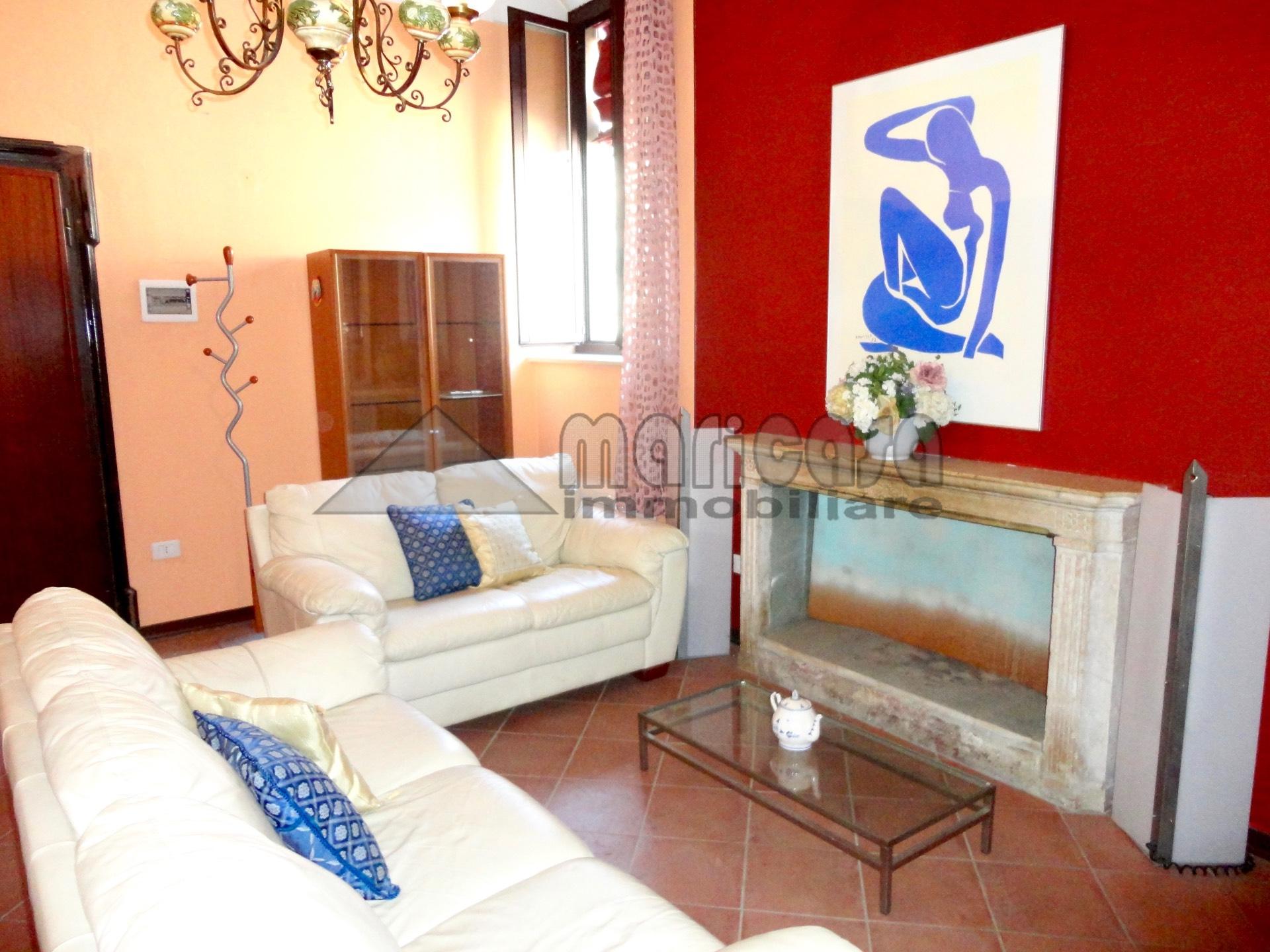 Appartamento in affitto a Ferrara, 2 locali, zona Località: EntroMura, prezzo € 450 | Cambio Casa.it