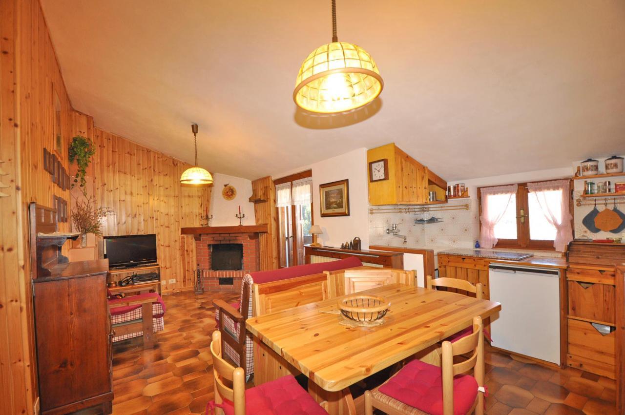 Appartamento in vendita a Piazzatorre, 3 locali, prezzo € 64.000 | Cambio Casa.it