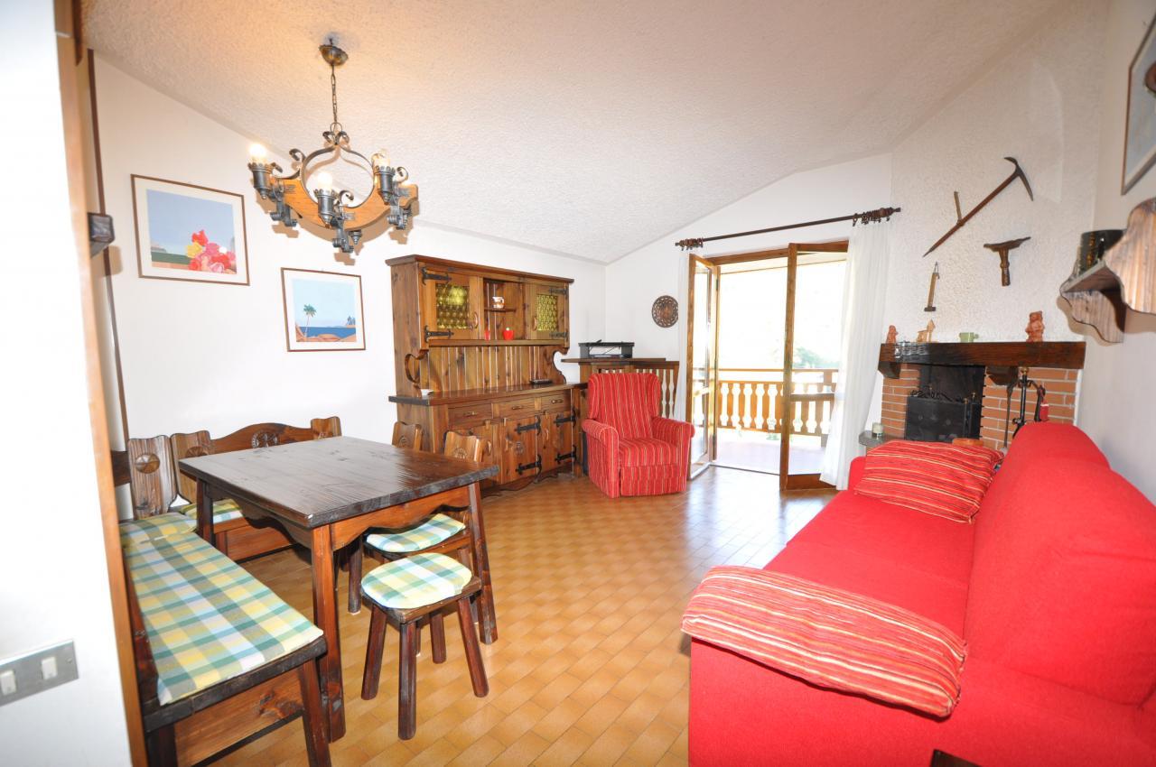 Appartamento in vendita a Santa Brigida, 4 locali, prezzo € 65.000 | Cambio Casa.it