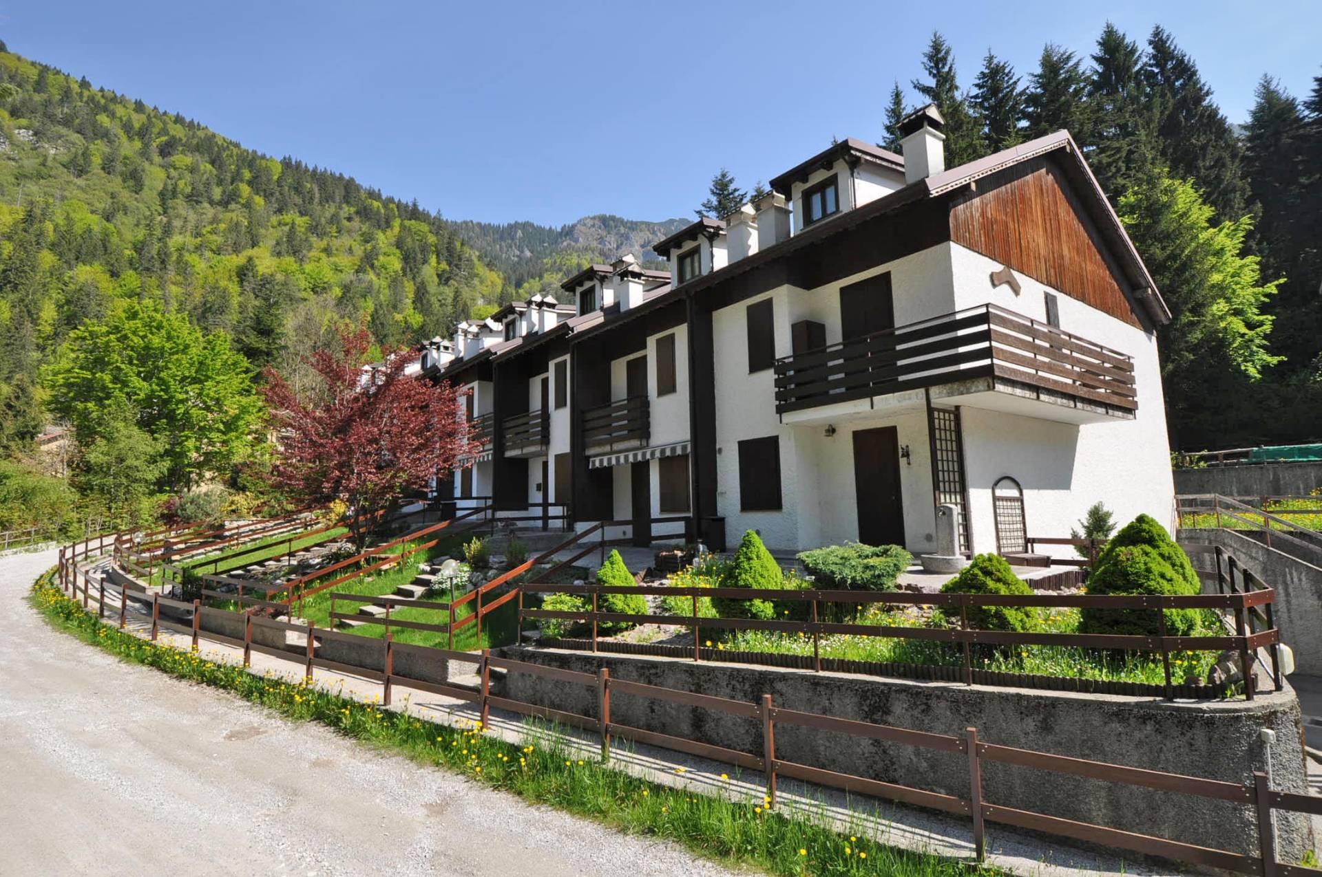 Villa a Schiera in Vendita a Piazzatorre
