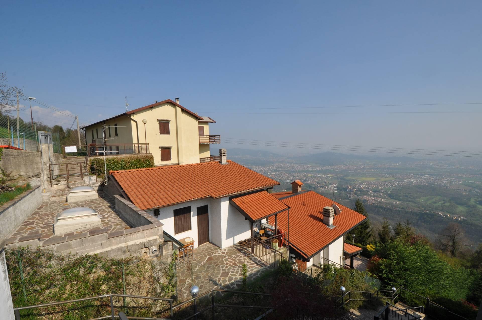 Soluzione Indipendente in vendita a Roncola, 4 locali, prezzo € 66.900 | Cambio Casa.it