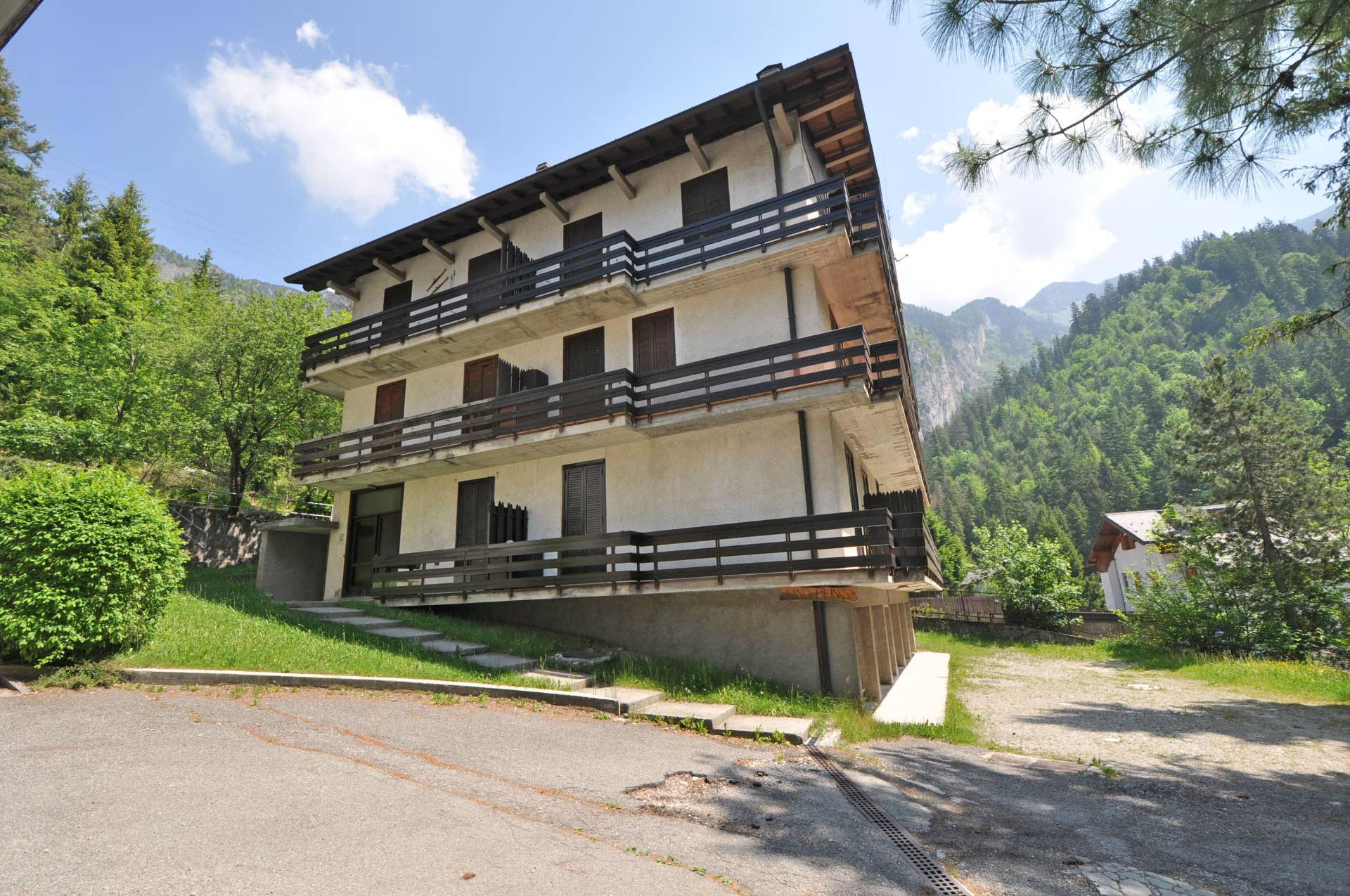 Appartamento in vendita a Piazzatorre, 3 locali, prezzo € 45.000 | Cambio Casa.it