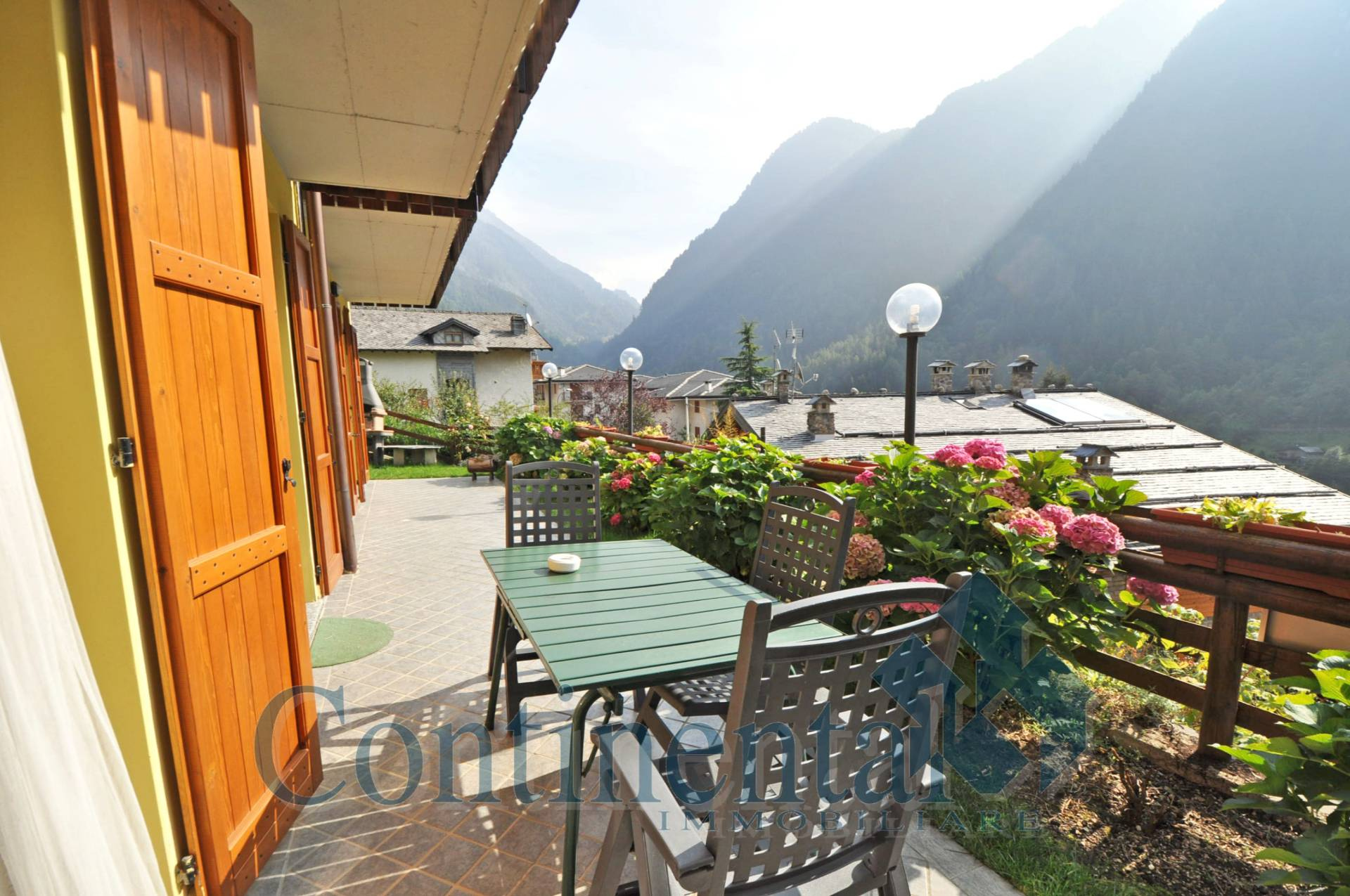 Appartamento in vendita a Carona, 4 locali, prezzo € 167.000   PortaleAgenzieImmobiliari.it