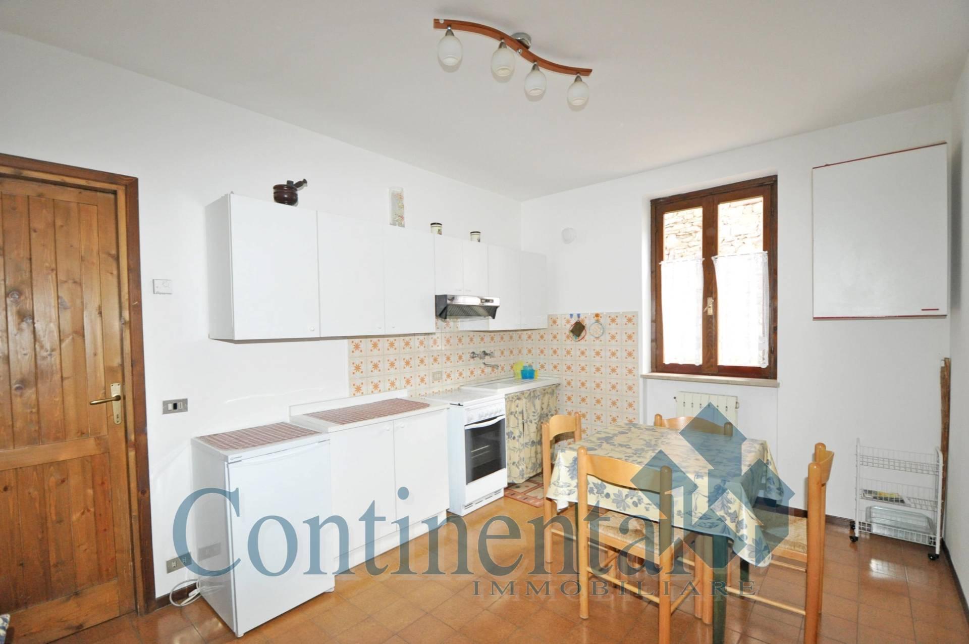Appartamento in affitto a Piazzatorre, 2 locali, prezzo € 158   PortaleAgenzieImmobiliari.it