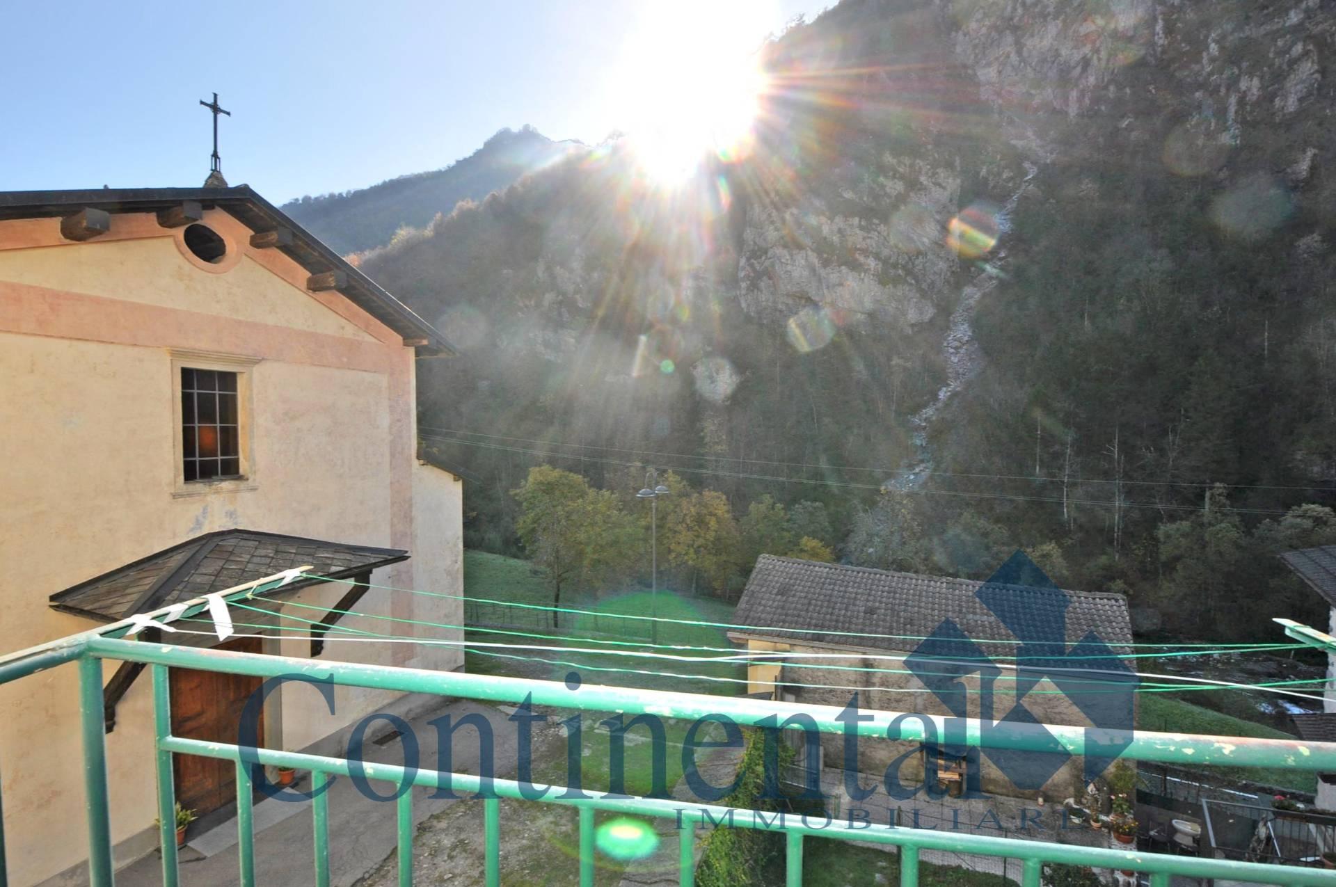 Foto 10 di Appartamento Via Roma, Cassiglio