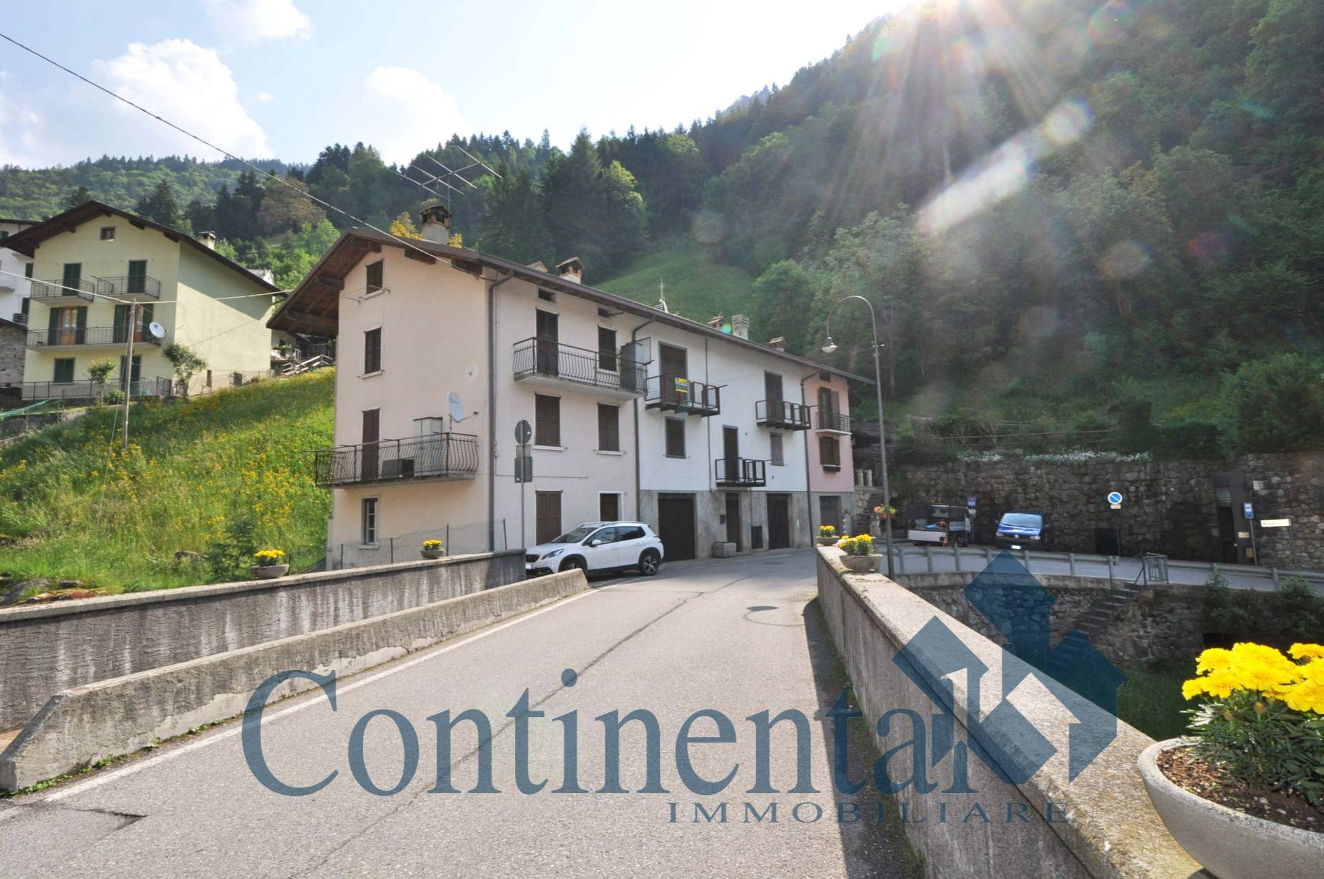 Appartamento in vendita a Ornica, 2 locali, prezzo € 33.000 | PortaleAgenzieImmobiliari.it