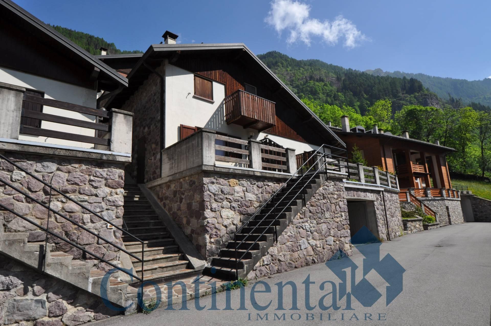 Villa a Schiera in vendita a Carona, 3 locali, prezzo € 115.000   PortaleAgenzieImmobiliari.it