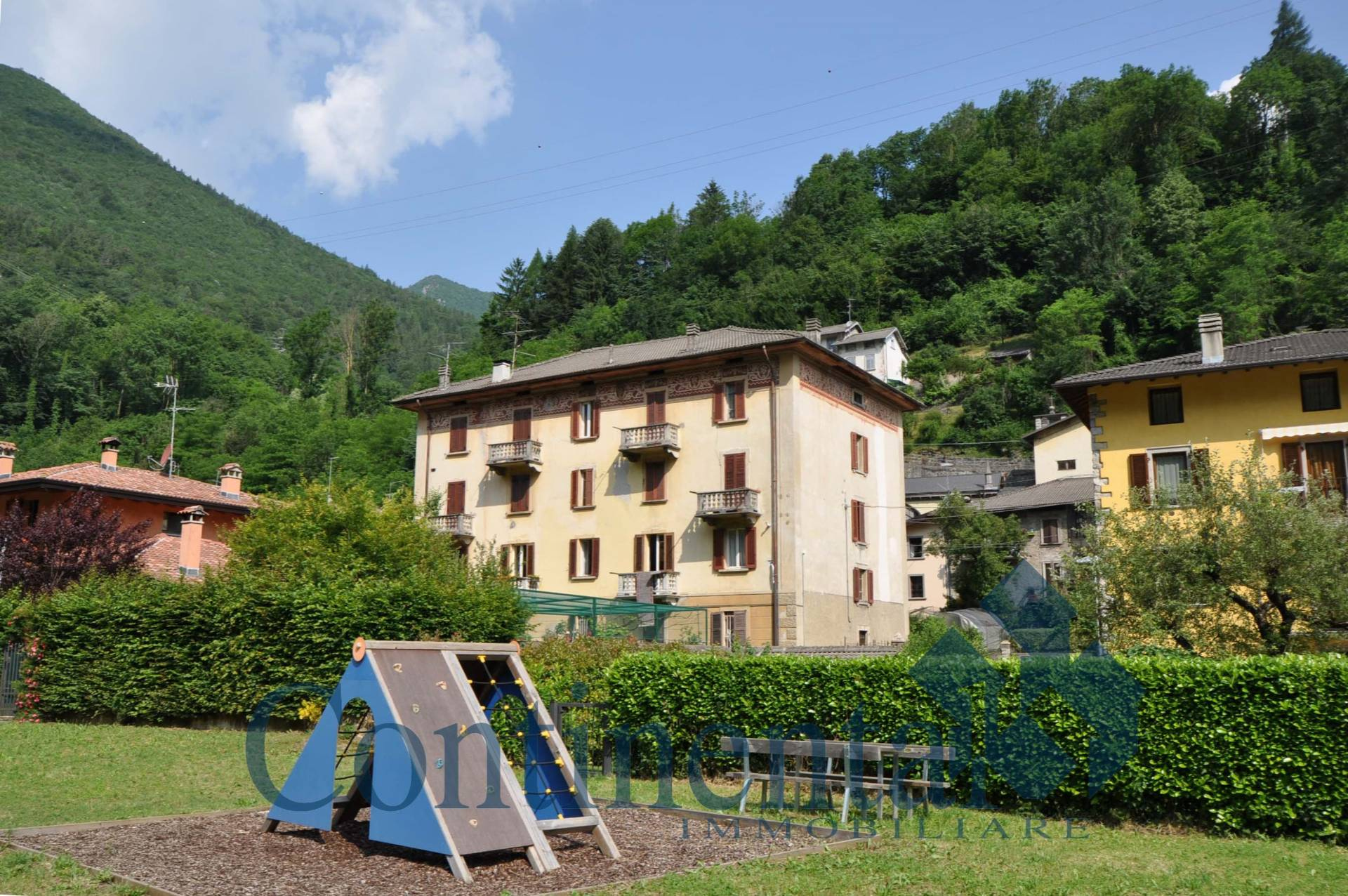Appartamento in vendita a Lenna, 9 locali, prezzo € 39.900 | PortaleAgenzieImmobiliari.it