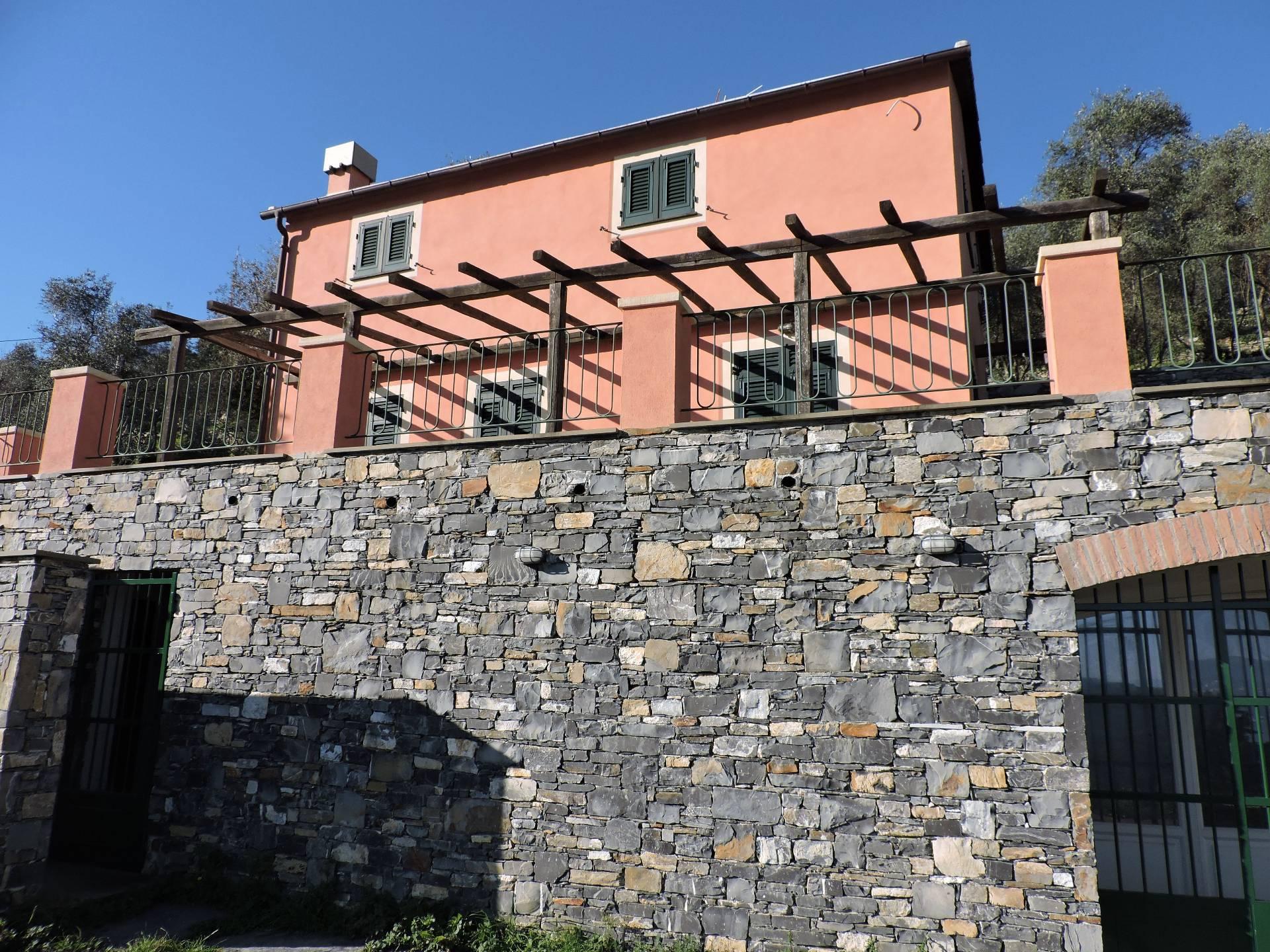 Soluzione Indipendente in affitto a Santa Margherita Ligure, 5 locali, zona Località: SanLorenzodellaCosta, prezzo € 1.400 | Cambio Casa.it