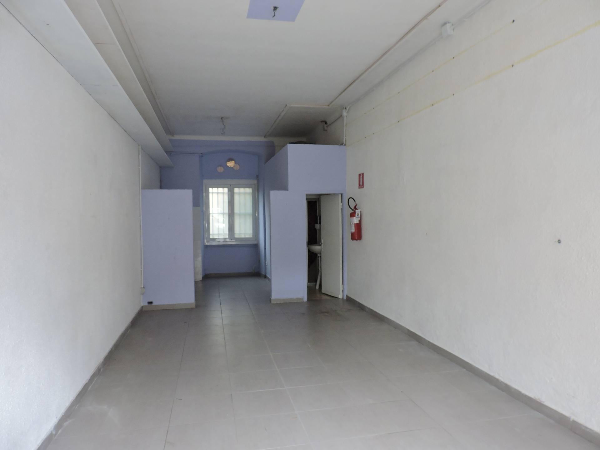 Negozio / Locale in affitto a Santa Margherita Ligure, 9999 locali, prezzo € 650 | Cambio Casa.it