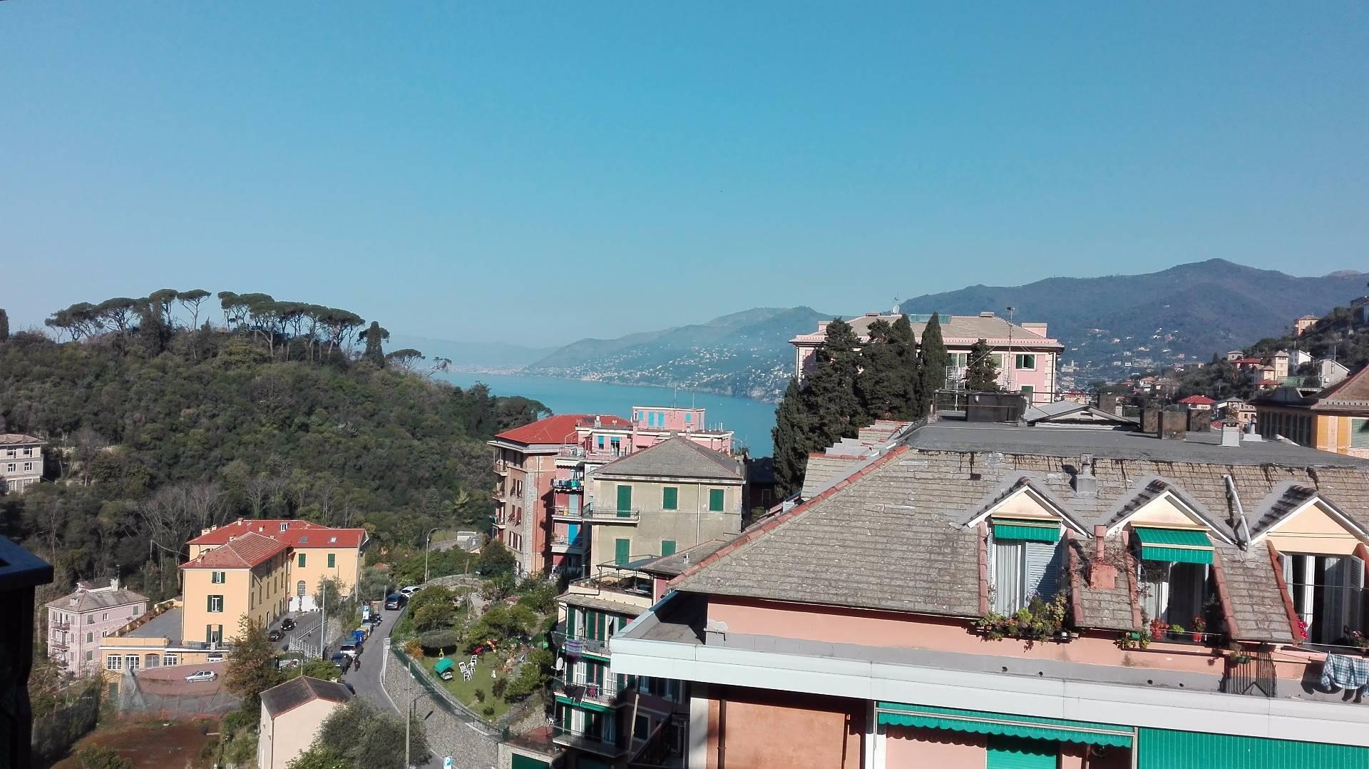 Appartamento in affitto a Camogli, 2 locali, prezzo € 1.300 | CambioCasa.it