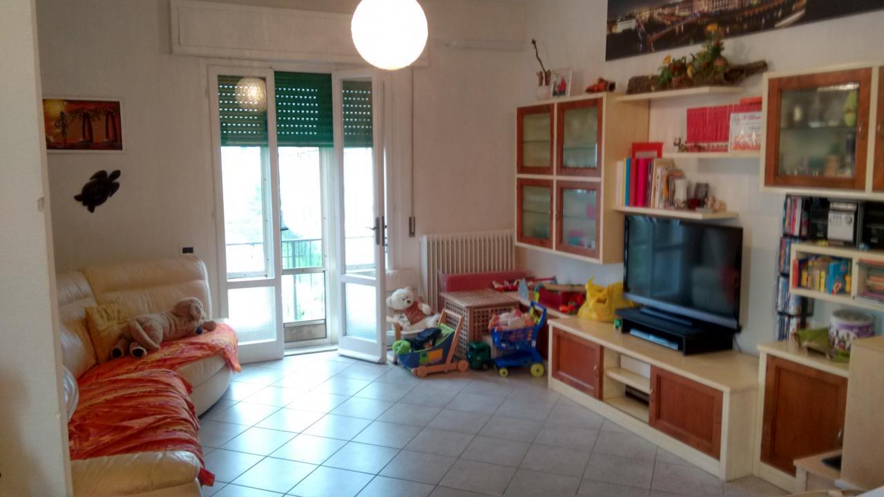 Soluzione Indipendente in vendita a Pisa, 4 locali, zona Località: LaVettola, prezzo € 265.000 | Cambio Casa.it