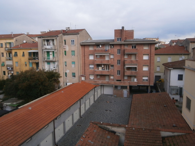 Appartamento in affitto a Pisa, 4 locali, zona Località: S.Antonio, prezzo € 825 | Cambio Casa.it