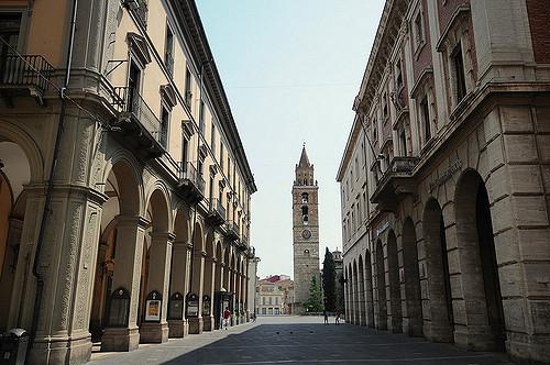 Altro in affitto a Teramo, 9999 locali, zona Località: CorsoSanGiorgio, prezzo € 1.000 | Cambio Casa.it
