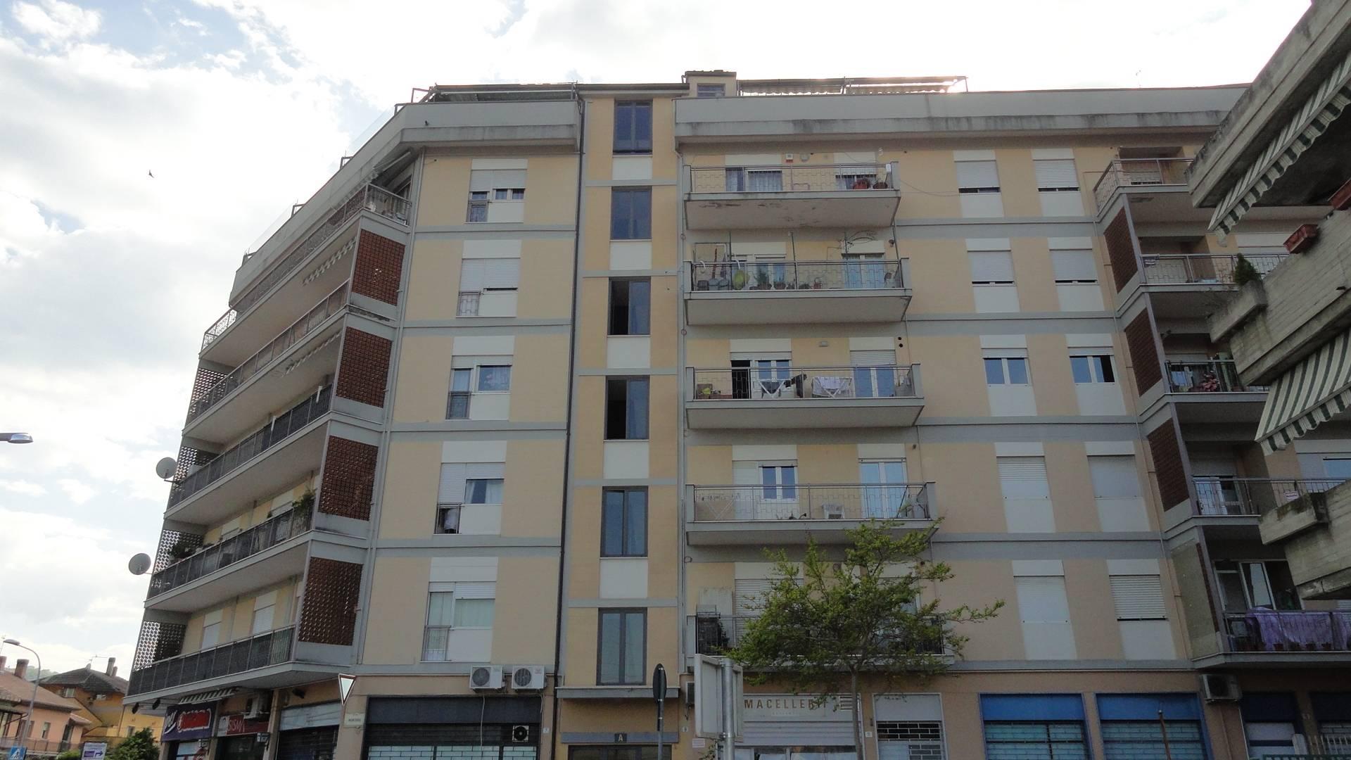 Attico / Mansarda in affitto a Teramo, 6 locali, zona Località: ViaCona, prezzo € 480 | Cambio Casa.it