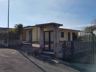 Villa in Vendita a Ragalna