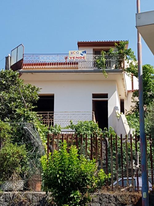 Casa singola in Vendita a Ragalna