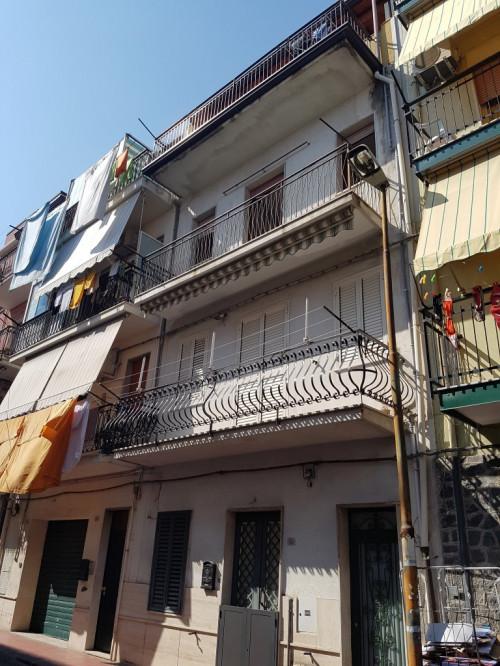 Appartamento in Vendita a Giardini-Naxos