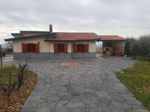 Villa in Vendita a Santa Maria di Licodia