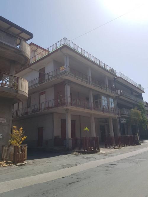 Appartamento in Vendita a Santa Maria di Licodia