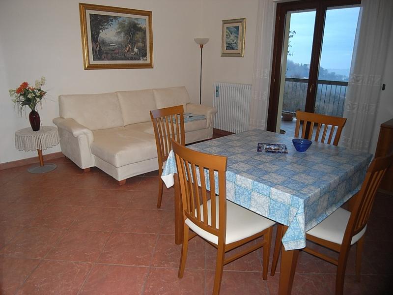 Appartamento in vendita a Acquaviva Picena, 3 locali, zona Zona: Abbadetta, prezzo € 123.000 | CambioCasa.it