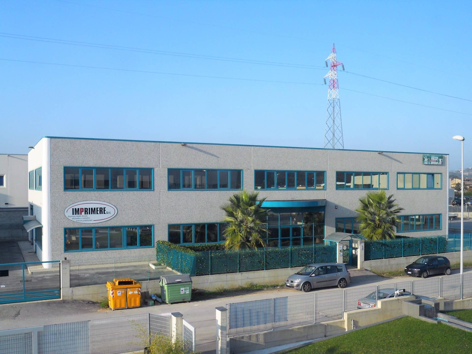Ufficio / Studio in affitto a Spinetoli, 9999 locali, zona Zona: Pagliare, prezzo € 900 | Cambio Casa.it