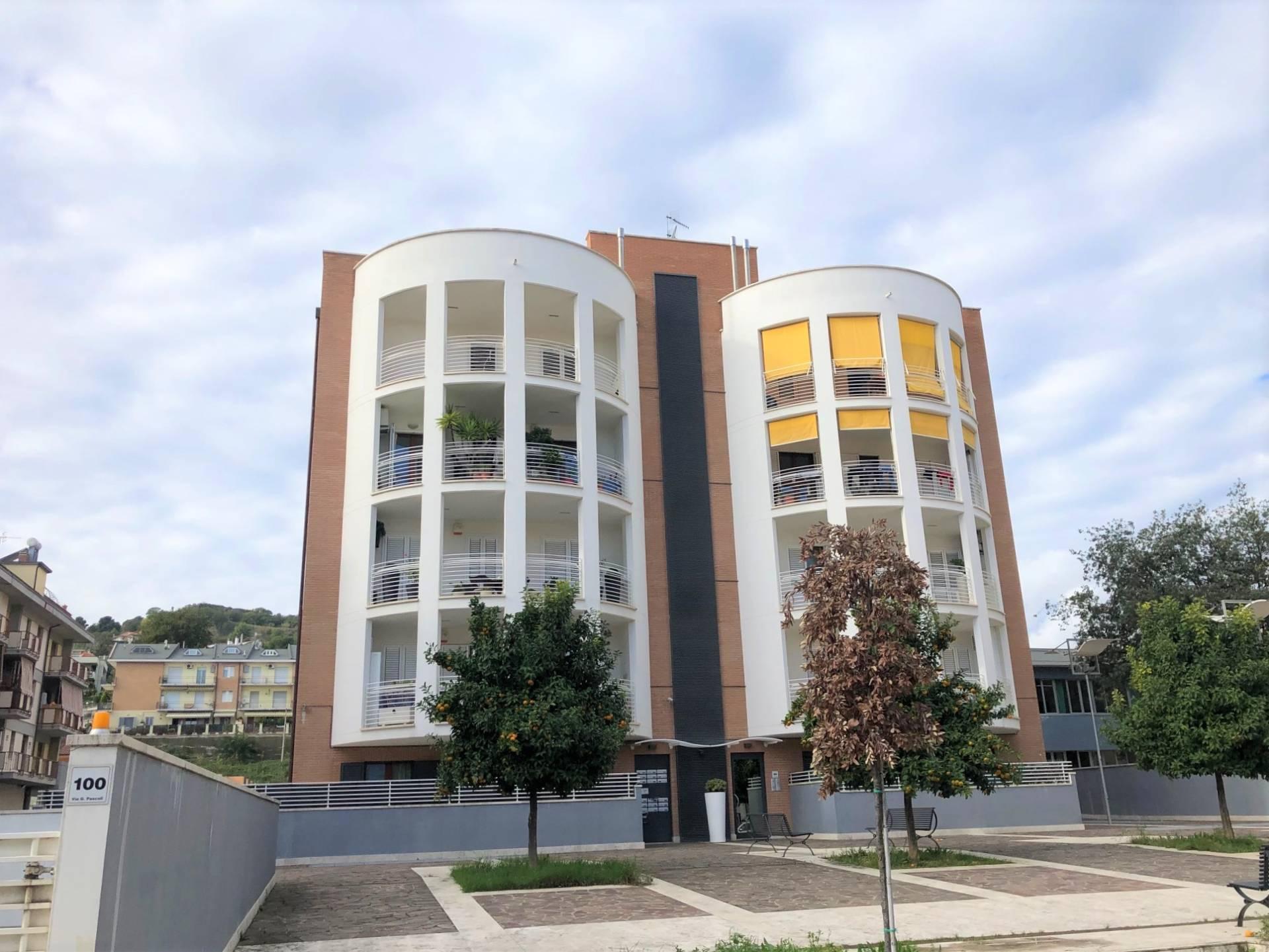 Attico / Mansarda in vendita a Grottammare, 4 locali, zona Località: zonaAscolani, prezzo € 350.000   PortaleAgenzieImmobiliari.it