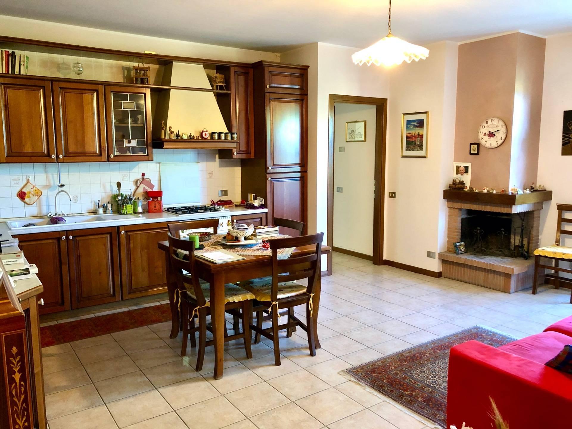 Appartamento in vendita a Acquaviva Picena, 3 locali, zona Zona: Abbadetta, prezzo € 95.000 | CambioCasa.it