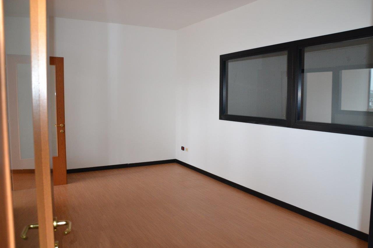Ufficio Zona Industriale Padova : Studio ufficio in affitto a padova cod. 911