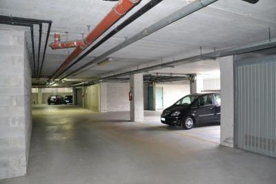 Posto auto coperto in Vendita a Padova
