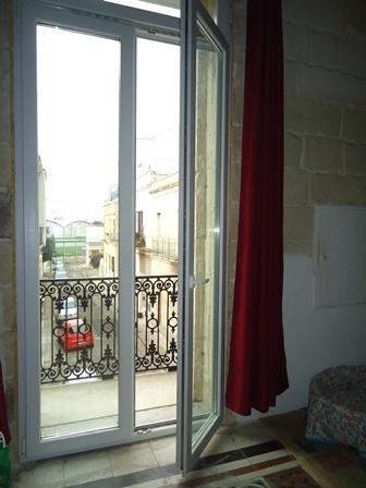 Bilocale Lecce Via Rubini 8