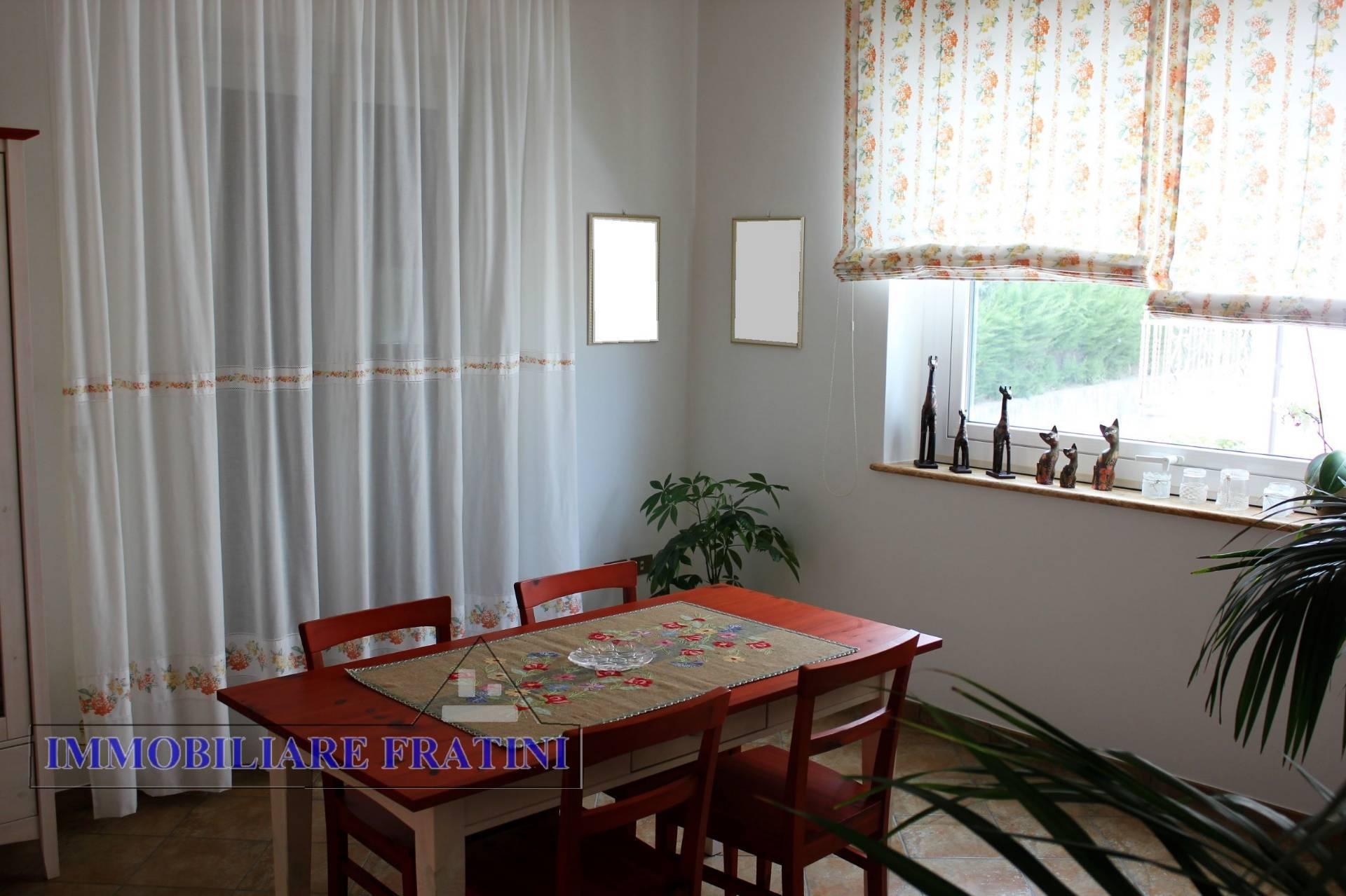 Appartamento in vendita a Ancarano, 6 locali, prezzo € 125.000 | PortaleAgenzieImmobiliari.it