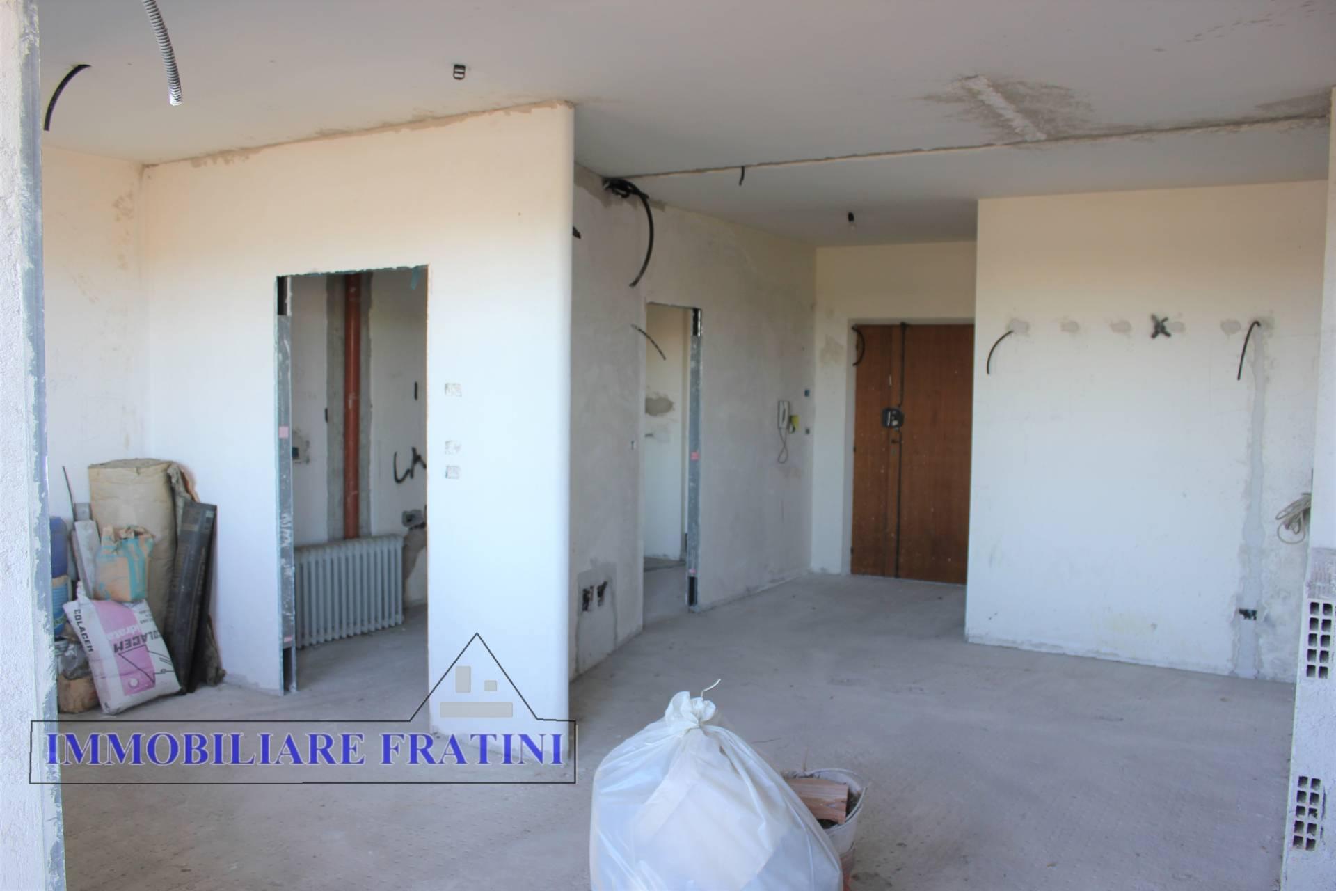 Appartamento in vendita a Folignano, 5 locali, prezzo € 110.000 | PortaleAgenzieImmobiliari.it