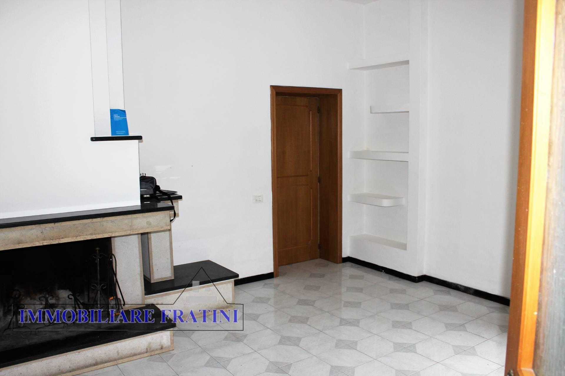 Appartamento in affitto a Sant'Egidio alla Vibrata, 5 locali, prezzo € 400 | PortaleAgenzieImmobiliari.it