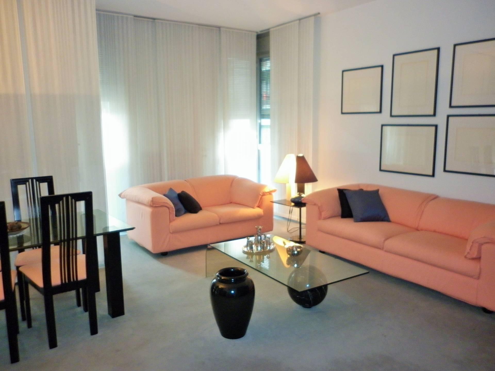 vendita appartamento como   190000 euro  2 locali  80 mq