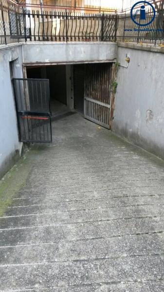 Box / Garage in vendita a Caserta, 9999 locali, zona Zona: Ospedale, prezzo € 25.000 | Cambio Casa.it