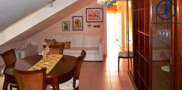 Attico / Mansarda in vendita a San Nicola la Strada, 3 locali, prezzo € 94.000 | Cambio Casa.it