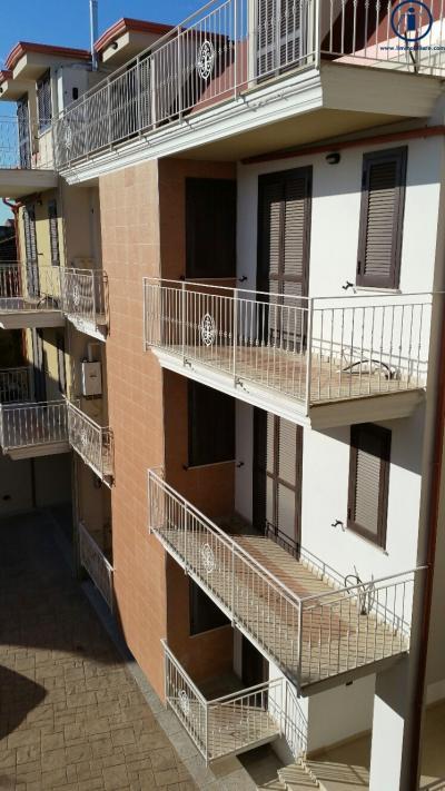 Vai alla scheda: Appartamento Vendita - San Nicola la Strada (CE) - Codice -3V11