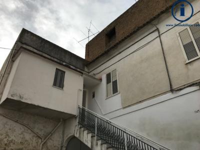 Vai alla scheda: Casa Semindipendente Vendita - Caserta (CE) | San Benedetto - Codice -4V45