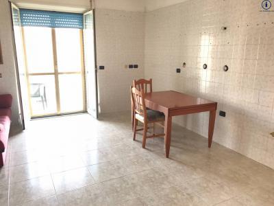 Vai alla scheda: Appartamento Vendita - Caserta (CE) | Centro - Codice -3V38