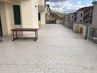 Vai alla scheda: Villa a schiera Vendita - Caserta (CE) | Tuoro - Codice -VV9