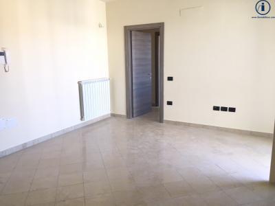 Vai alla scheda: Appartamento Vendita - Caserta (CE) | San Benedetto - Codice -2V16