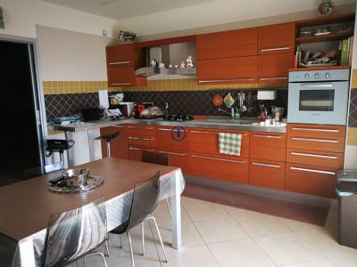 Vai alla scheda: Appartamento Vendita - San Nicola la Strada (CE) - Codice -65-4V63