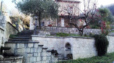 Casa singola in Vendita a Ascoli Piceno