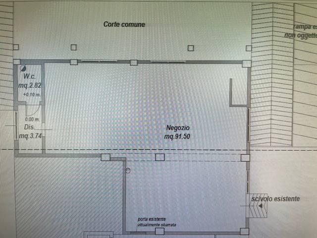 Fondo commerciale in affitto a San Benedetto Del Tronto (AP)
