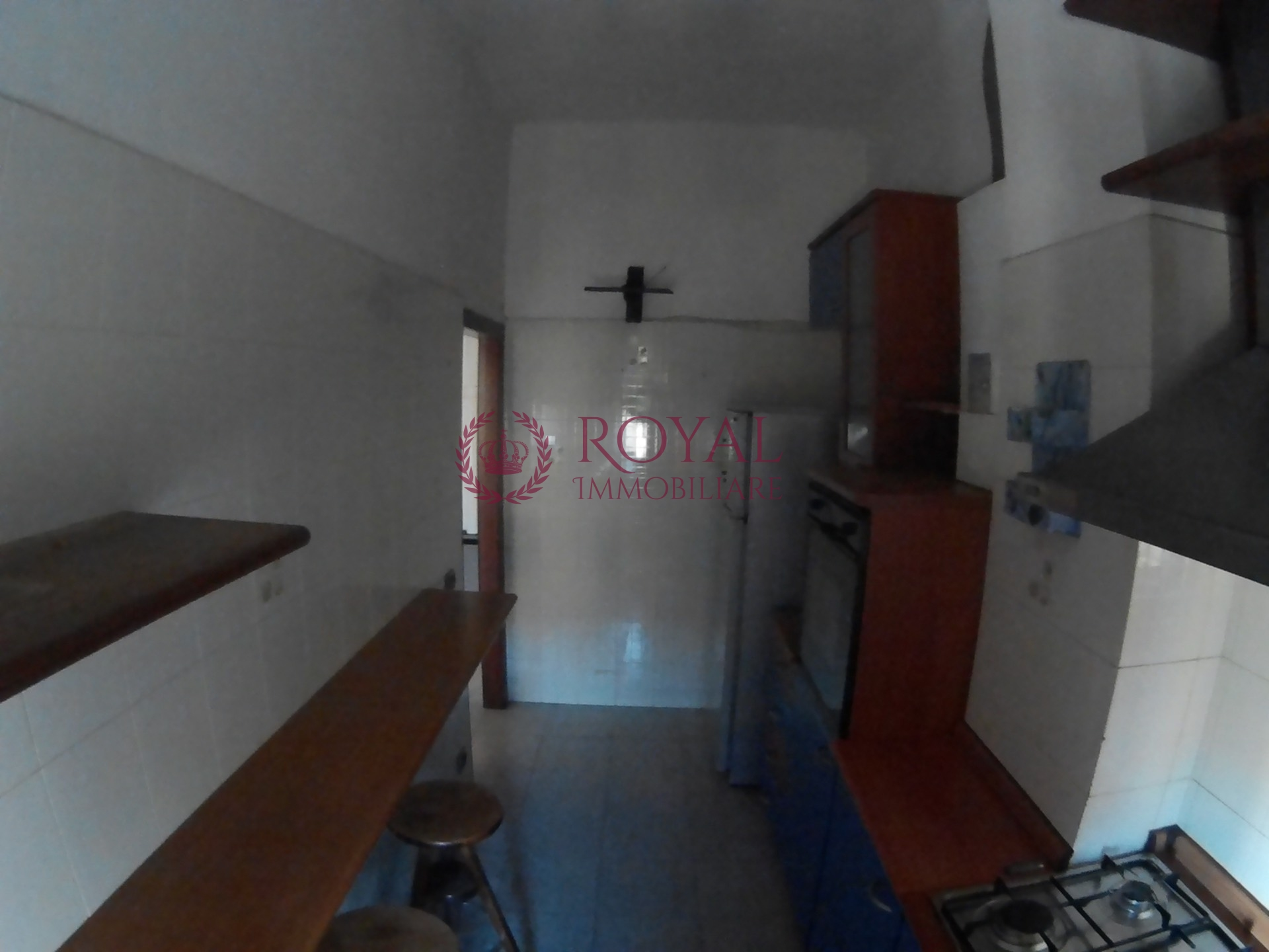 vendita appartamento livorno garibaldi  65000 euro  2 locali  60 mq