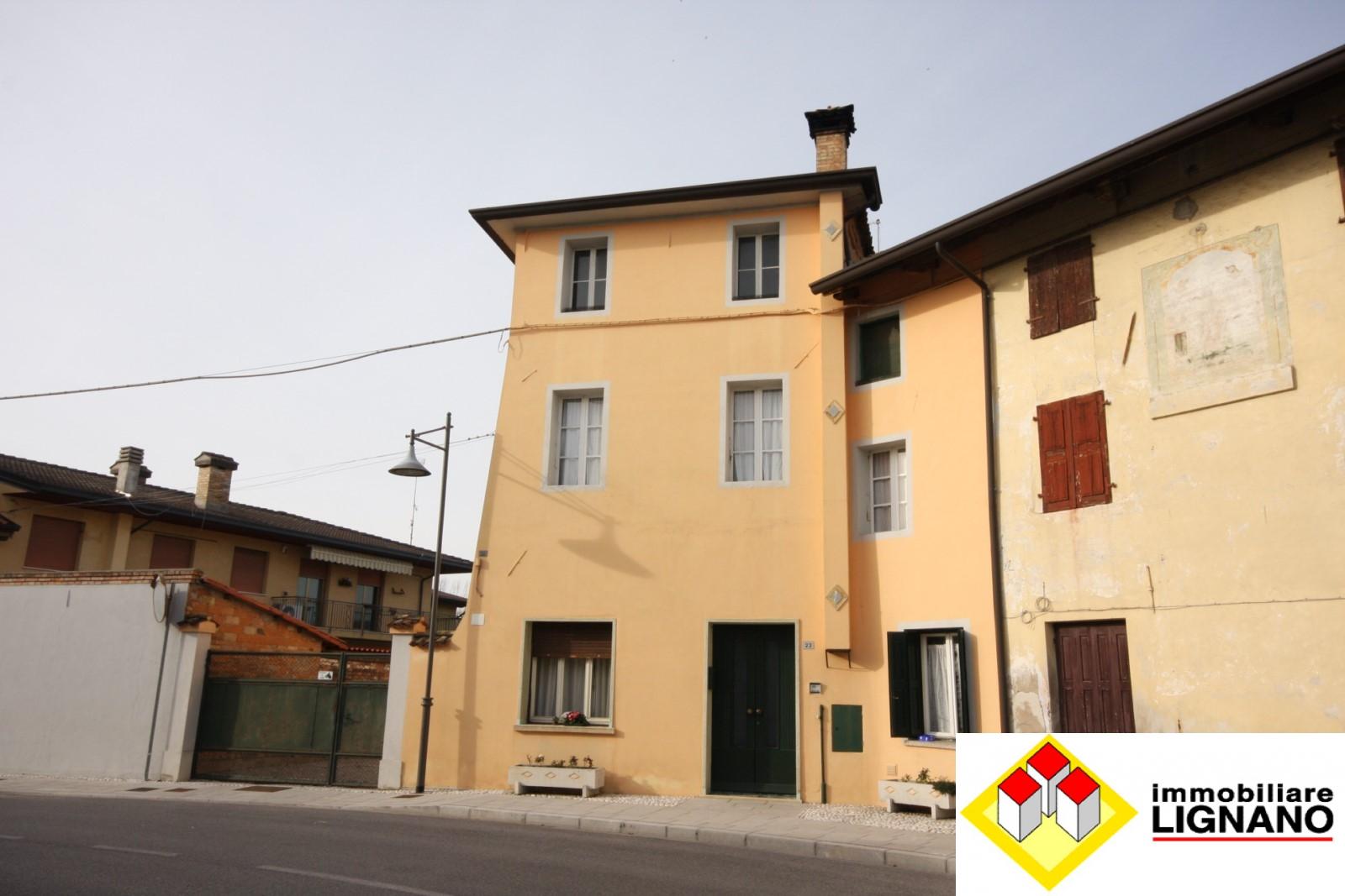 Soluzione Indipendente in vendita a Ronchis, 8 locali, prezzo € 95.000   Cambio Casa.it