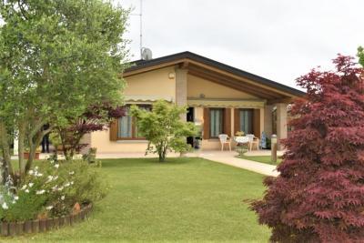Villa in Vendita a Portogruaro